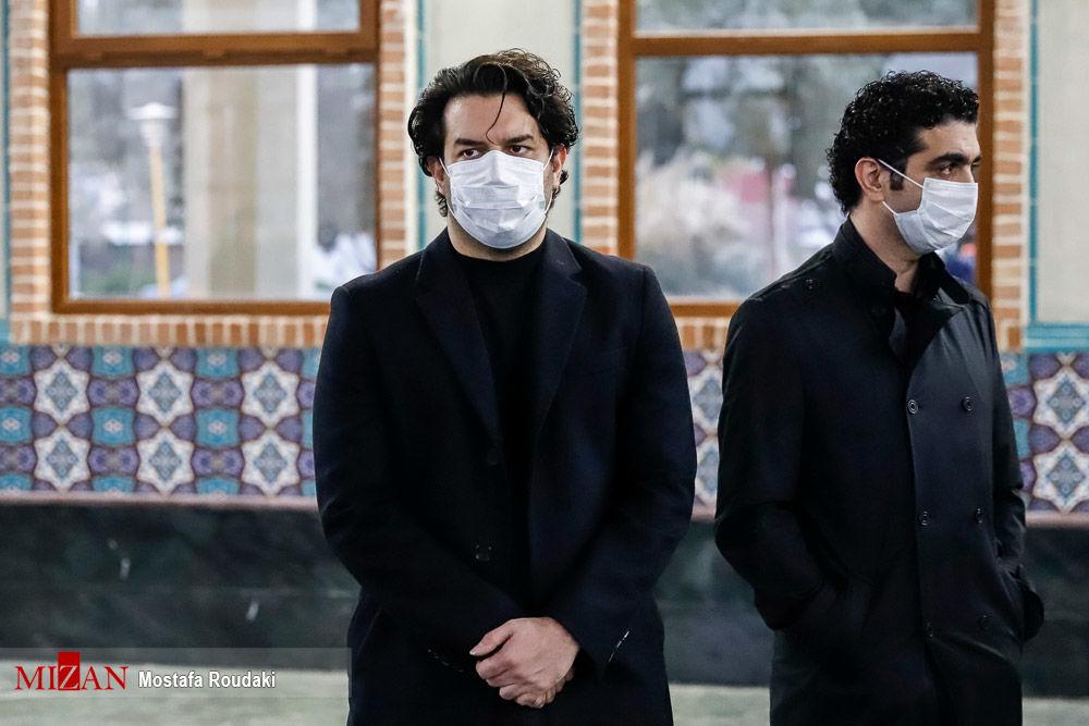کدام هنرمندان در مراسم تشییع محمدرضا شجریان حضور داشتند؟+ عکس