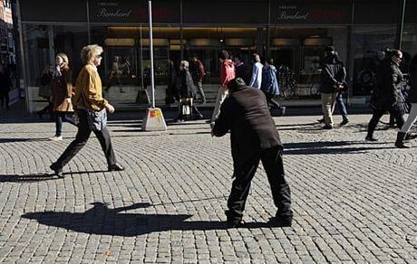 گدایی در استکهلم منوط به کسب مجوز